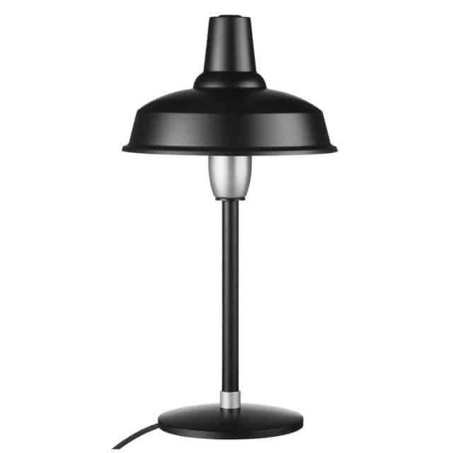 Musta skandinaavistyylin pöytälamppu.